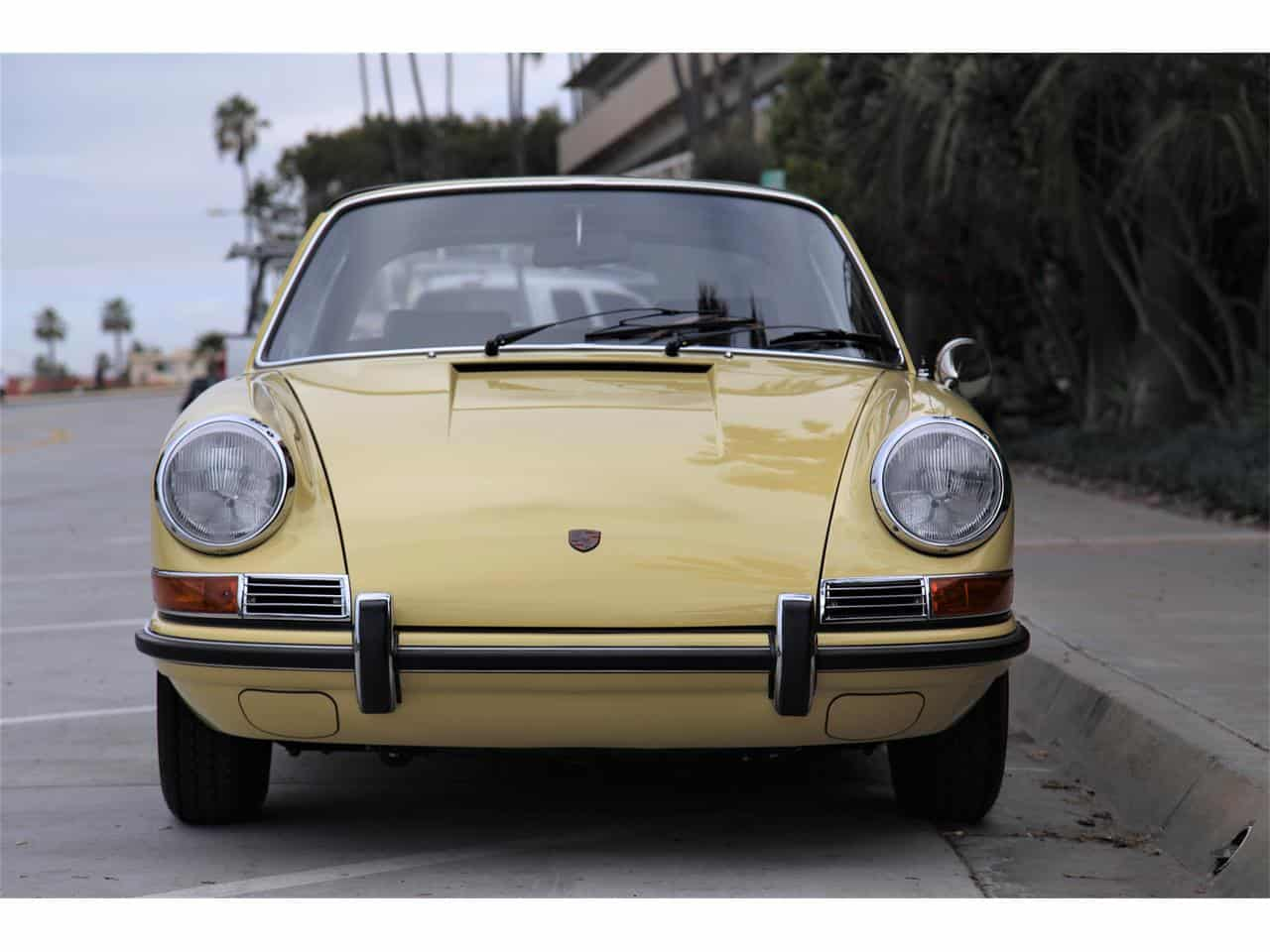 Targa, There is no Substitute; 1968 Porsche  soft-window Targa is one rare tub, ClassicCars.com Journal