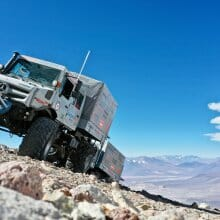 Mercedes Unimogs set record for high-altitude driving