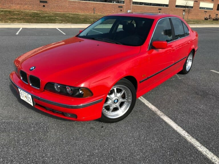 Featured listing: Bright, beautiful Bimmer: 1997 BMW 540i