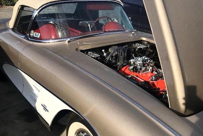 Clean Custom - 1961 Chevrolet Corvette