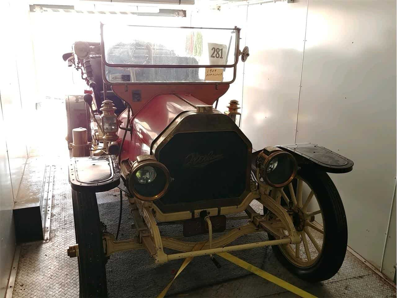 1909 Overland 38 Touring model