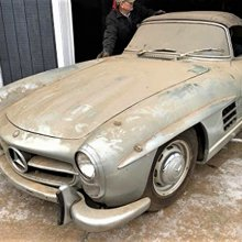 Pick of the Day: Musty Mercedes-Benz 300SL 'barn find'