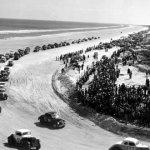 Racing_at_Daytona_Beach,_Florida_(9159397182)