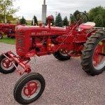 14610301-1956-farmall-200-std