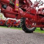 14610303-1956-farmall-200-std