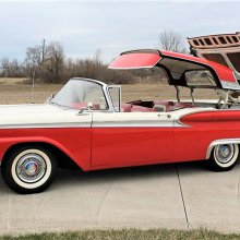 Pick of the Day: 1959 Ford Galaxie Skyliner hardtop convertible