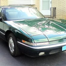 Pick of the Day: 1991 Buick Reatta, an Allante at half price