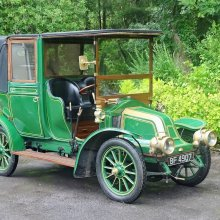 1909 Renault echoes era of Downton Abbey