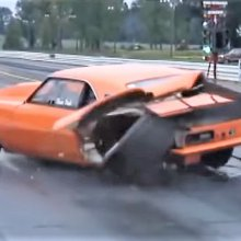 Video of the Day: Drag racing follies