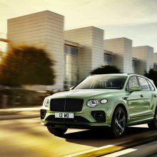 Bentley unveils second-generation sport utility vehicle