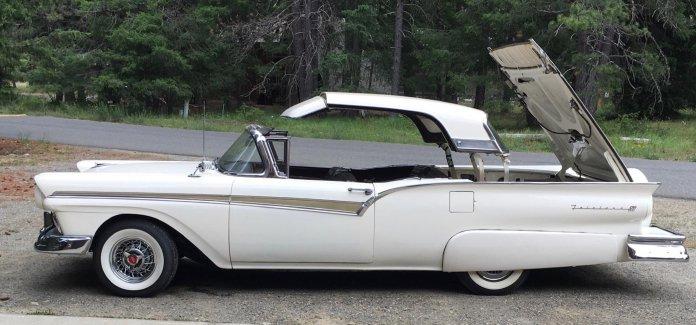 1959 Skyliner