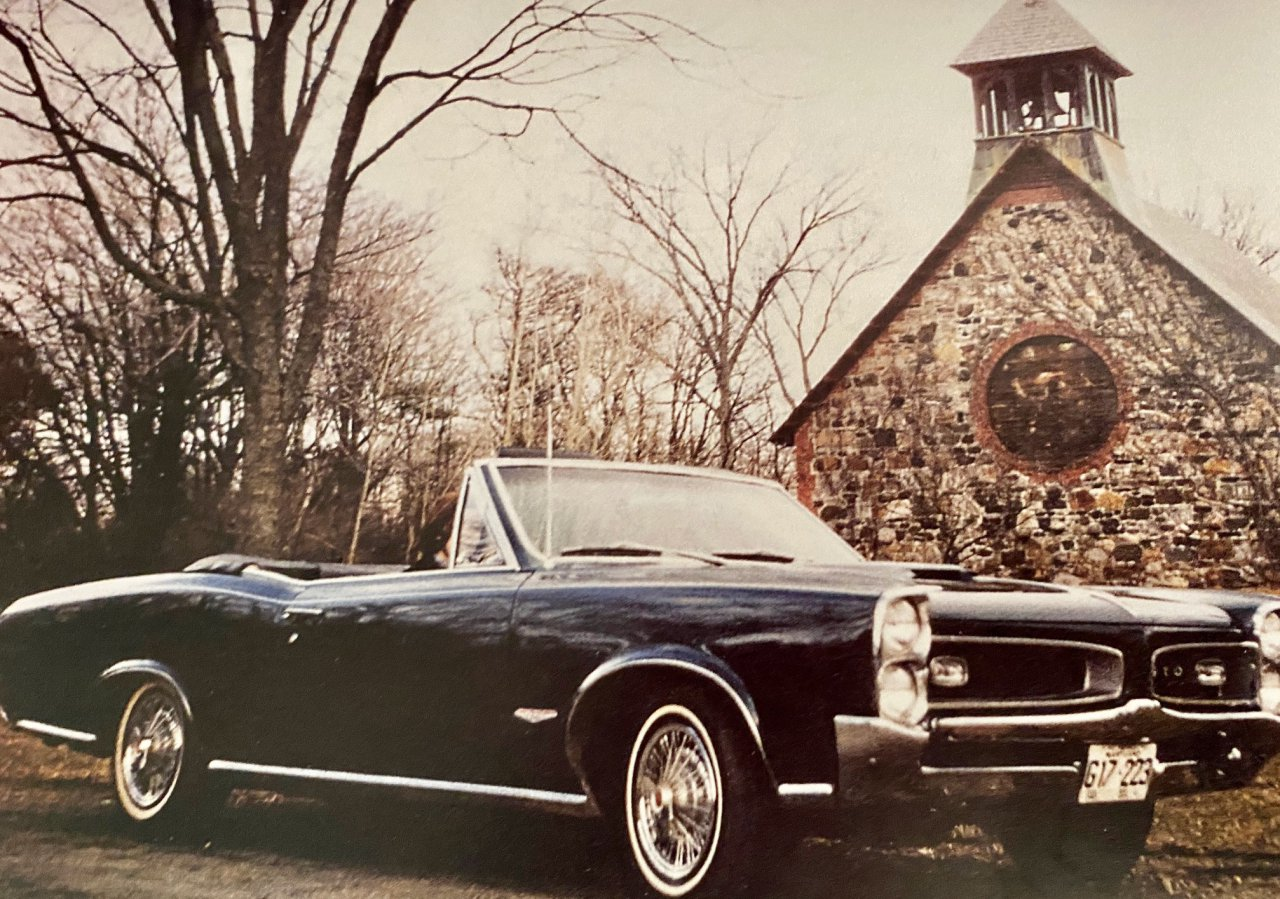 Car Collecting, Bookshelf: Zen and the Art of Collecting Old Cars, ClassicCars.com Journal