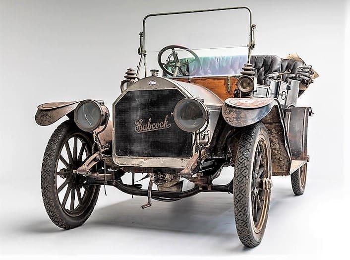 bonhams, 'Barn finds' add picturesque decay to Bonhams' Philadelphia auction, ClassicCars.com Journal