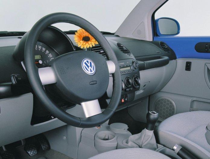 VW bud vase