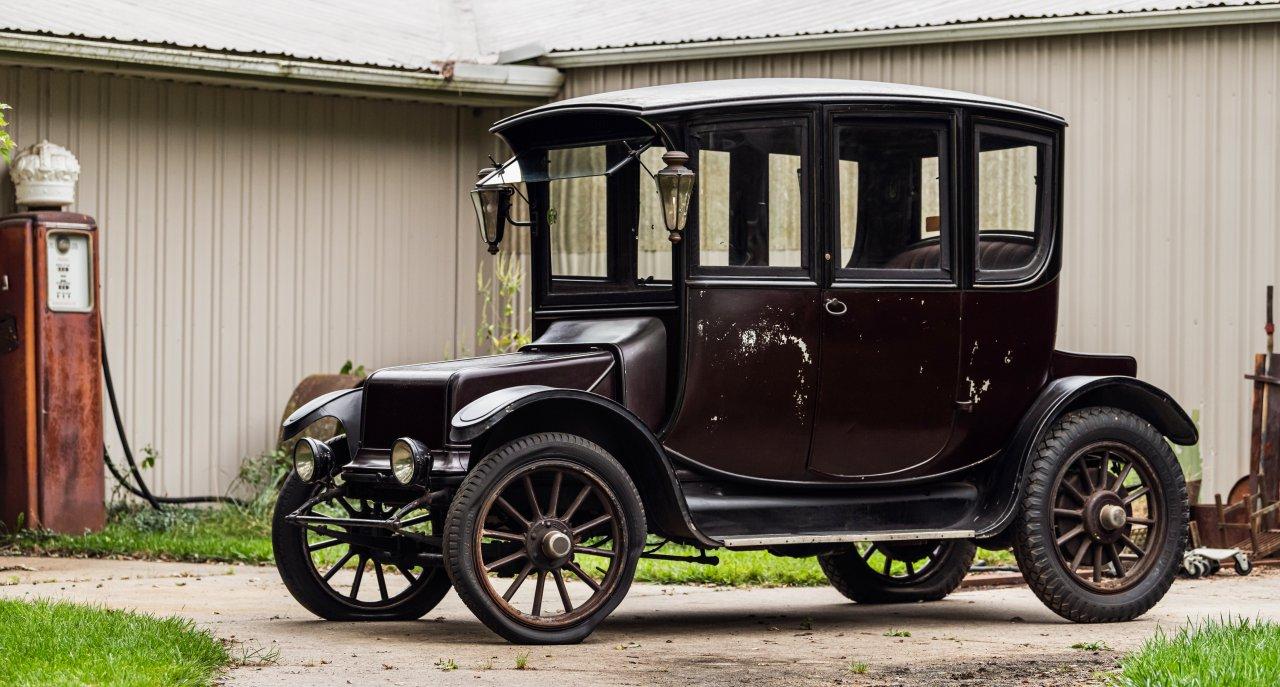 Bonhams, Bentley, barn-found Mercedes top Bonhams sale at Simeone museum, ClassicCars.com Journal