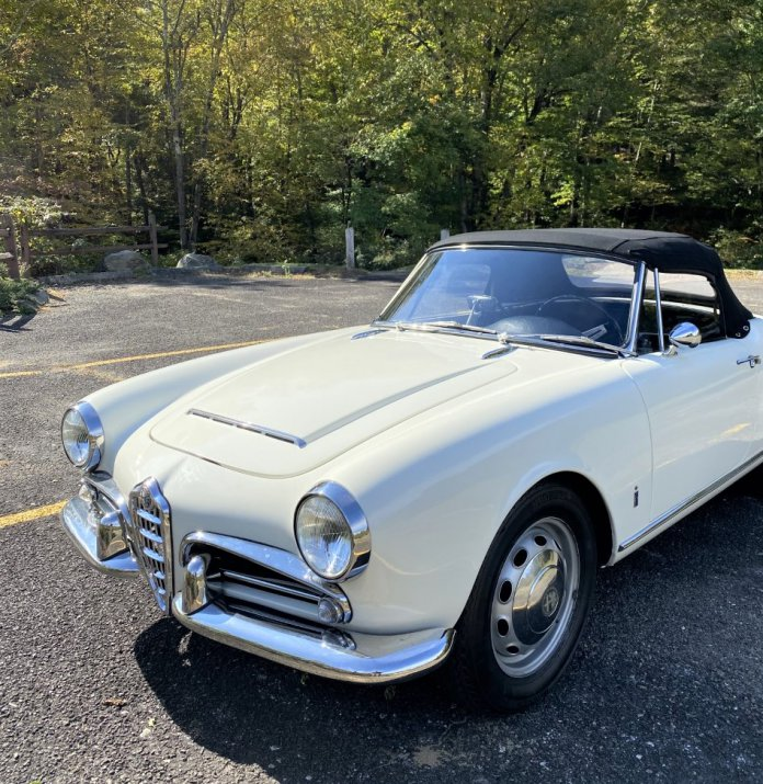 1965 Alfa Giulia Spider Veloce