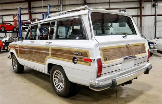 Grand Wagoneer, Pick of the Day: This Grand Wagoneer was family's vacation vehicle, ClassicCars.com Journal