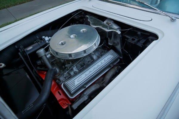 1958 Chevrolet Corvette engine
