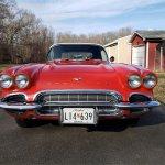 1961-Chevrolet-Corvette-front