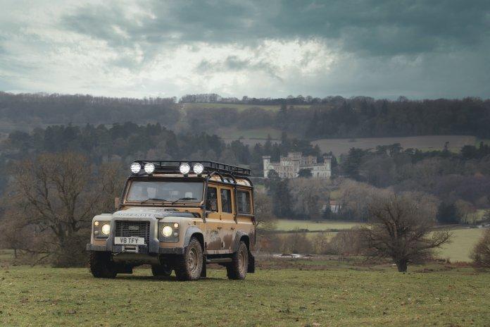 Land Rover Defenders Works V8 Trophy