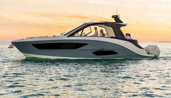 Sea Ray Sundancer 370 Outboard