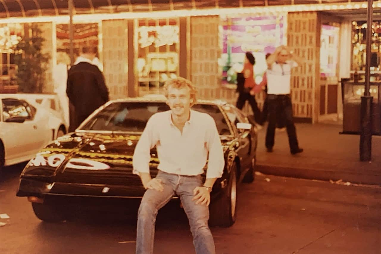 20-somthing-year-old Tom with his first Pantera parked on Freemont Street