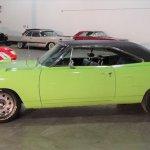 1970-plymouth-road-runner-superbird-1