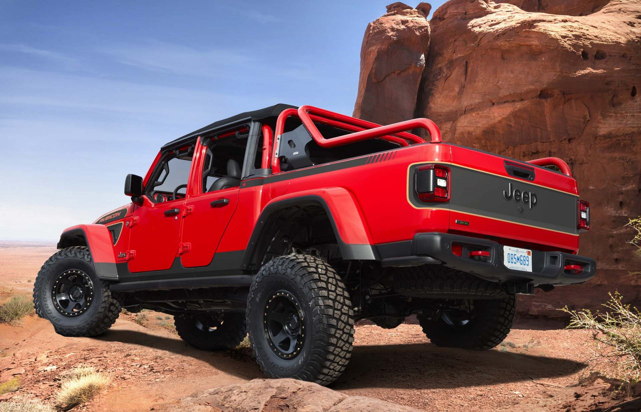 The Jeep® Red Bare Gladiator Rubicon concept builds on the passion and enthusiasm of Jeep SUV owners who spend countless hours creating customized looks and modifications to their trusty off-roading vehicle. Red Bare is powered by the turbocharged 3.0-liter EcoDiesel V-6 engine, rated at 260 horsepower and 442 lb.-ft. of torque, and delivers an impressive 91:1 crawl ratio to tackle Moab's toughest trails.