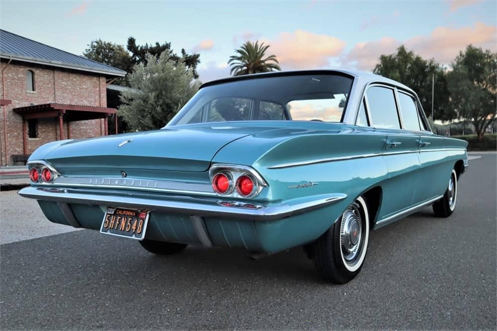 1962 Oldsmobile F-85