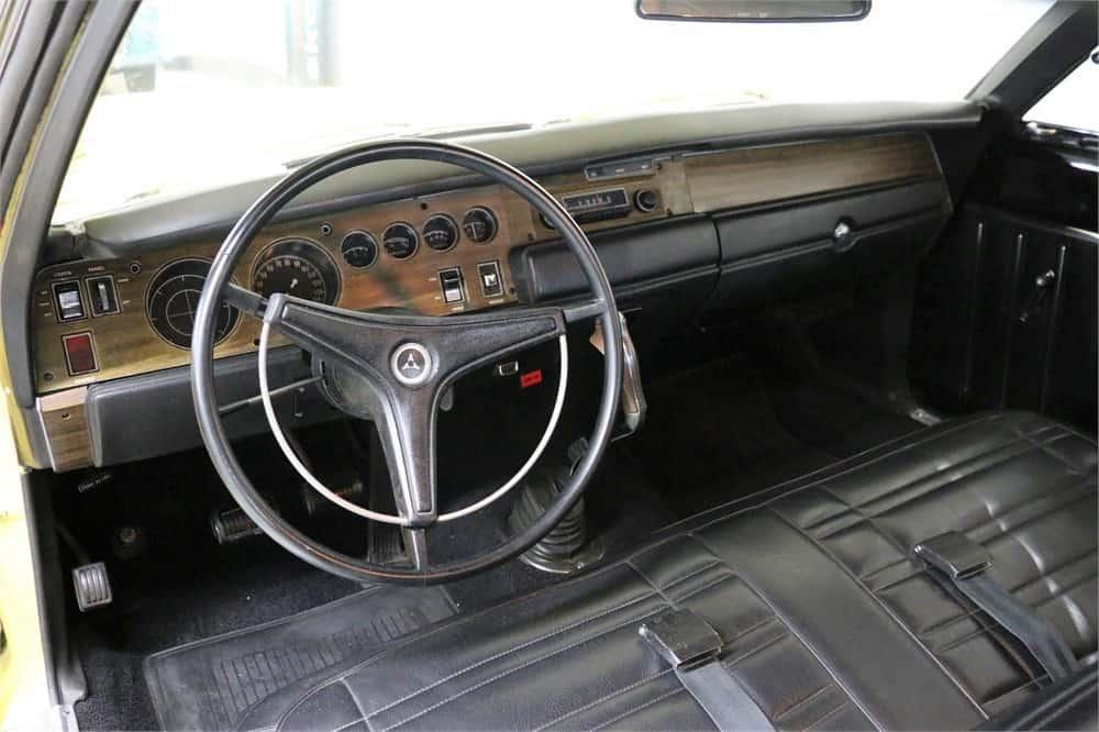 Super Bee, AutoHunter Spotlight: Hemi-powered 1970 Dodge Super Bee 426, ClassicCars.com Journal