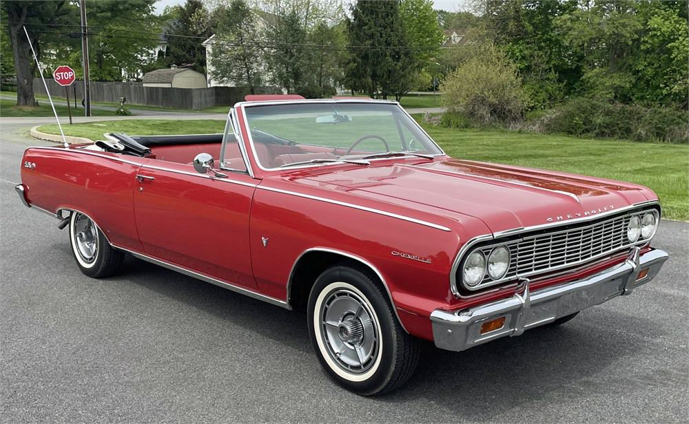 Classic convertibles taking over AutoHunter's auction docket