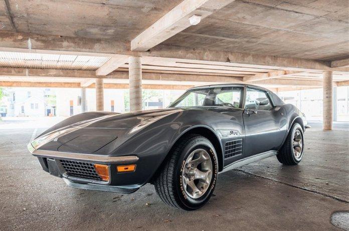 1971 Corvette Stingray main