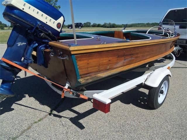 1958 Elgin 14-foot wooden boat