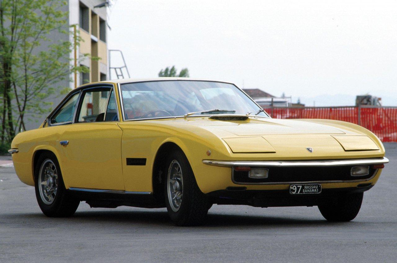Lamborghini, The flagship Lamborghini V12 engine: performance and emotion, ClassicCars.com Journal