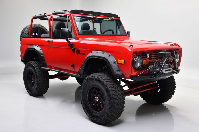 KEVIN HART'S 1977 FORD BRONCO