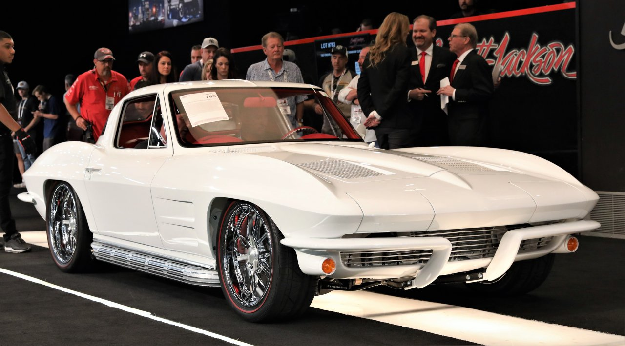 barrett-jackson, Barrett-Jackson scores record $48 million in first summer Vegas auction, ClassicCars.com Journal