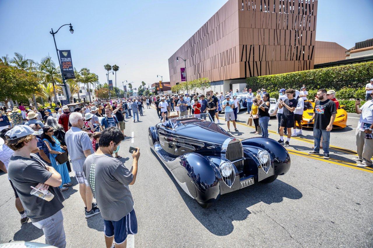 Car show, Drag racing returns to Detroit's Woodward Avenue, ClassicCars.com Journal