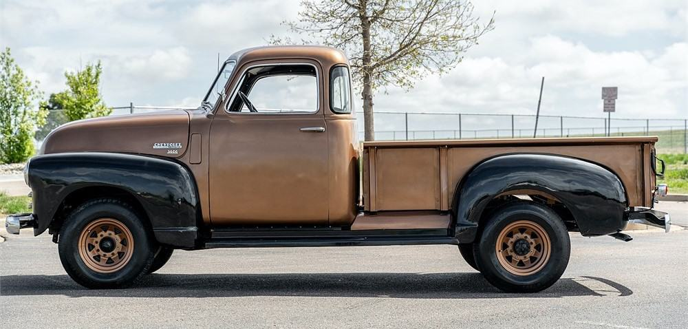 1949 Chevrolet 3600 side view