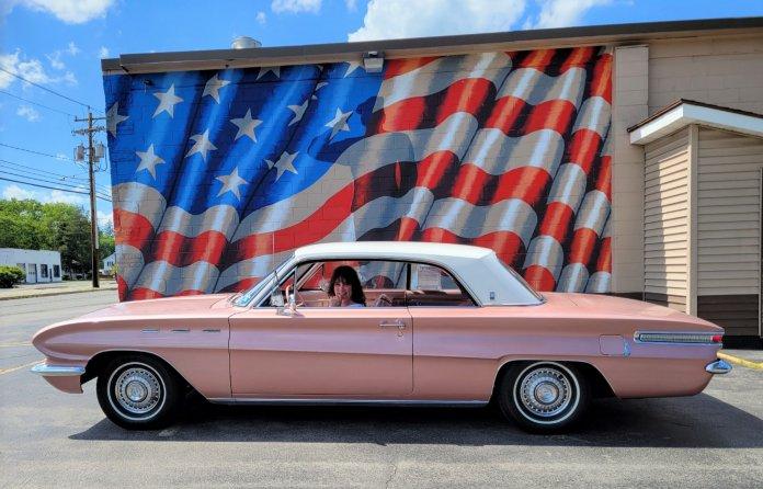 Amy in her 1962 Buick Skylar