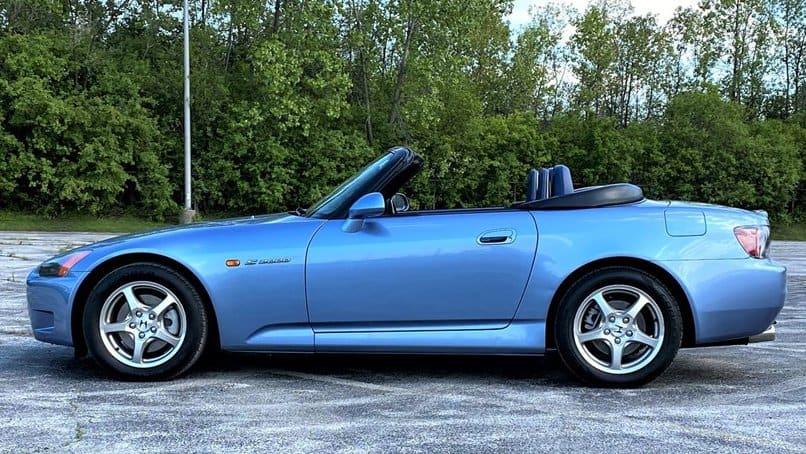 """, """"AutoHunter Spotlight"""": 2002 m. """"Honda S2000"""", """"ClassicCars.com"""" leidinys"""