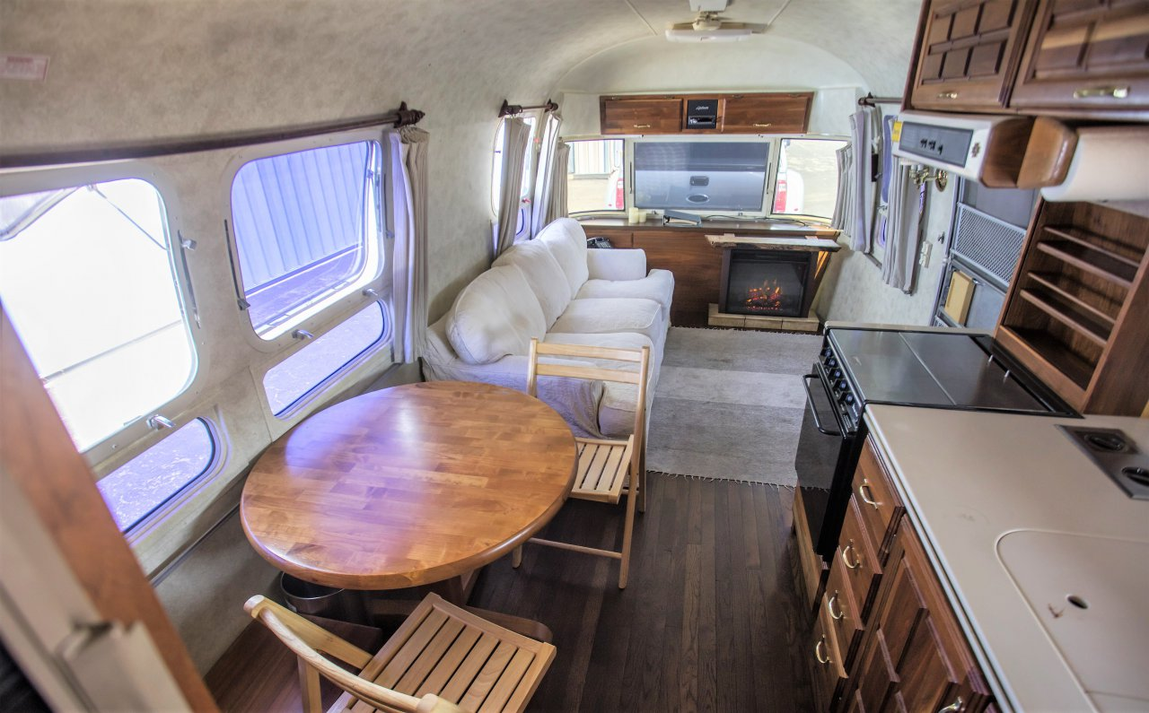 hanks, Airstream trailer used on location by Tom Hanks set for Bonhams auction, ClassicCars.com Journal