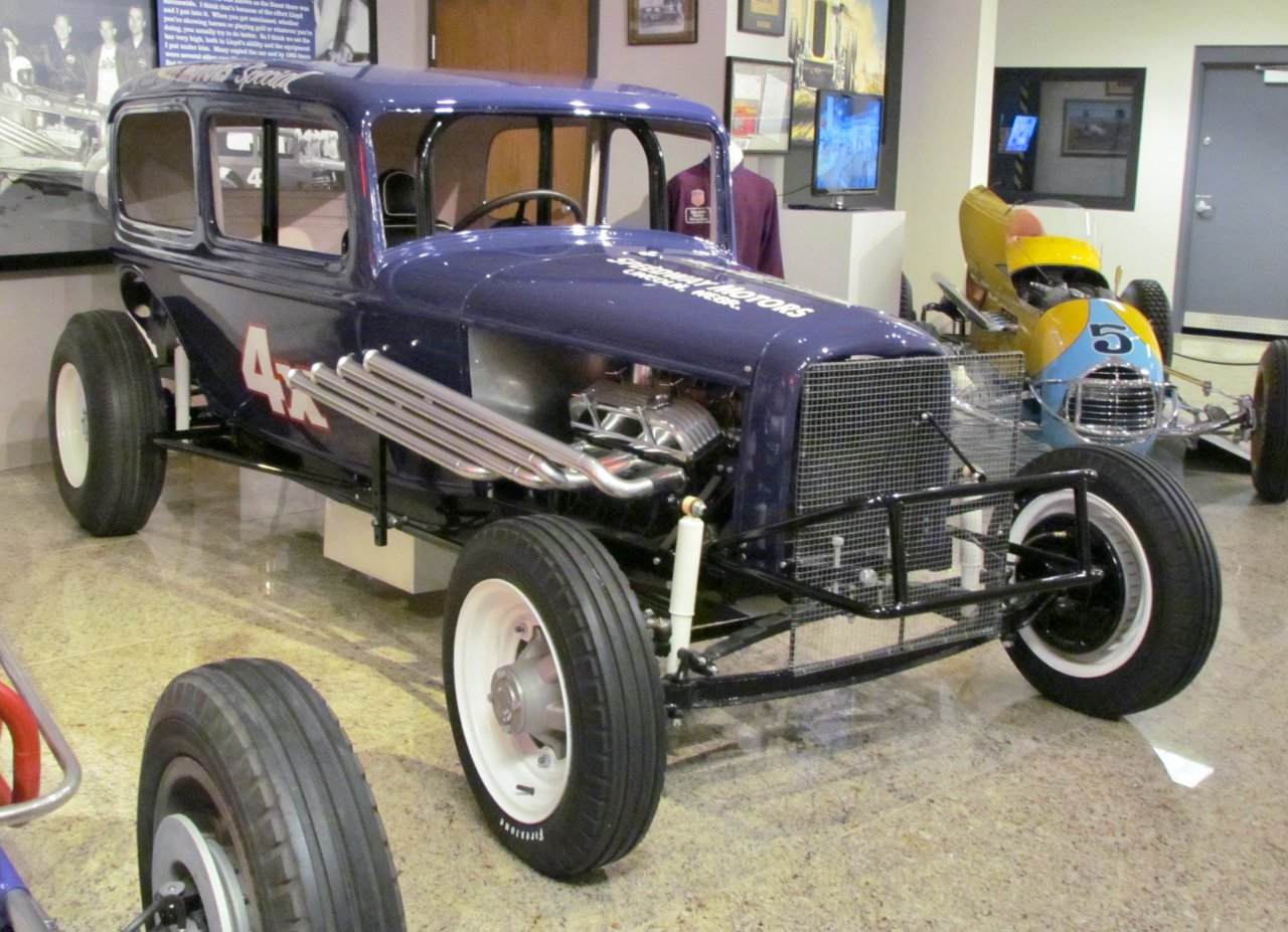 Speedway Motors, Heartbeat of American motorsports displayed in the country's heartland, ClassicCars.com Journal
