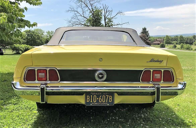 """""""Mustang"""", """"Dienos pasirinkimas"""": 1973 m. """"Ford Mustang"""" kabrioletas su beprotiškai maža rida, """"ClassicCars.com Journal"""""""