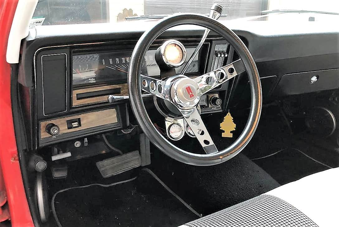 """""""omega"""", """"Dienos pasirinkimas"""": 1973 m. """"Oldsmobile Omega"""", ženklų inžinerija geriausiu atveju, """"ClassicCars.com Journal"""""""