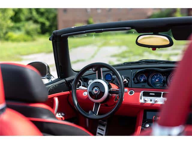 """BMW Z8"", dienos pasirinkimas: ""Alpina"" išgėrė BMW sportinį automobilį ""Z8"", ""ClassicCars.com Journal"""