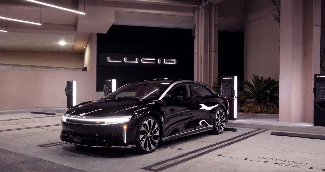 Lucid, we visit an electric vehicle showroom Lucid Motors, ClassicCars.com Journal