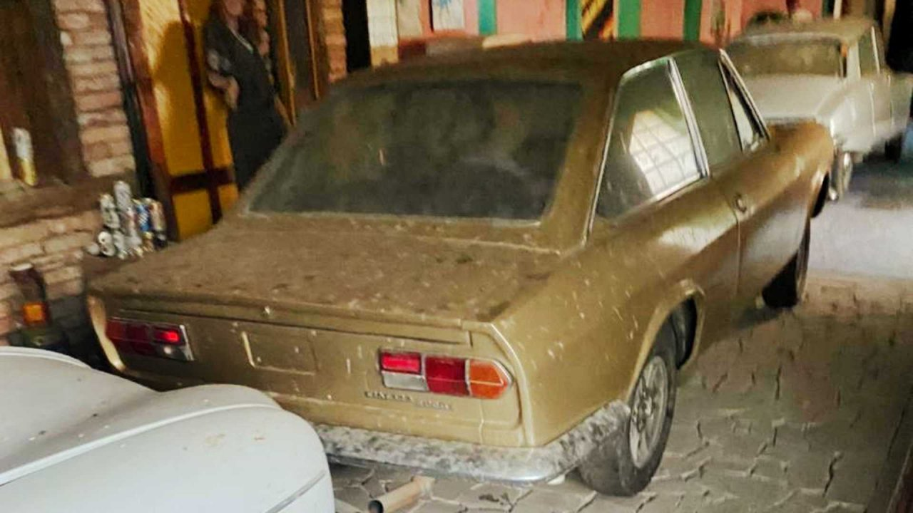 classic, Trespassing teens discover building filled with abandoned classic cars, ClassicCars.com Journal