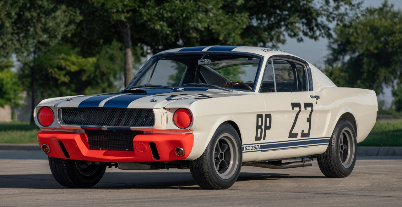 """Monterėjaus aukcione Andy pasineria į nuostabius Monterėjaus automobilių savaitės aukciono dolerius, """"ClassicCars.com Journal"""""""