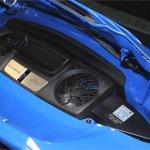 2016-Porsche-911-GTS-eengine