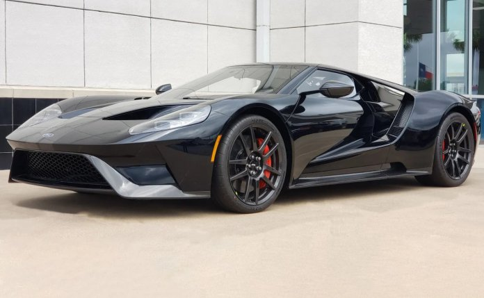Competition Series 2019 Ford GT Lightweight